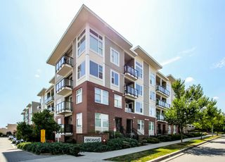 Photo 1: 209 15956 86A Avenue in Surrey: Fleetwood Tynehead Condo for sale : MLS®# R2388866