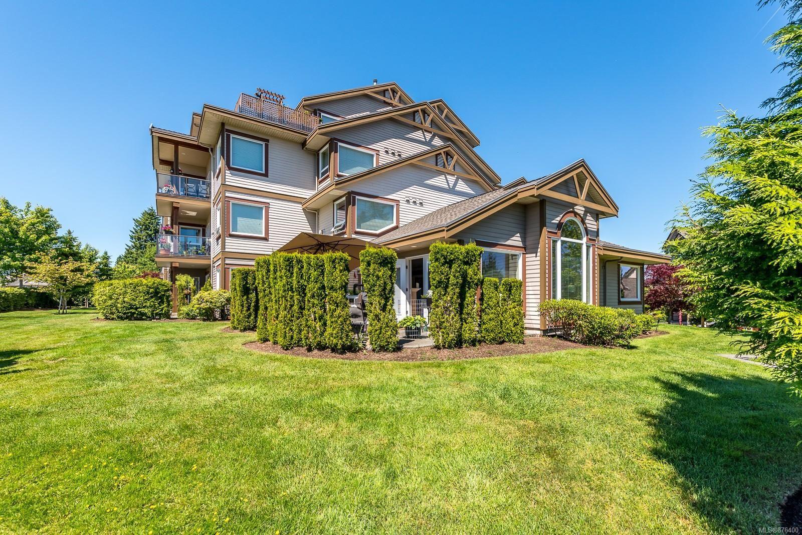 Main Photo: 412 3666 Royal Vista Way in : CV Crown Isle Condo for sale (Comox Valley)  : MLS®# 876400