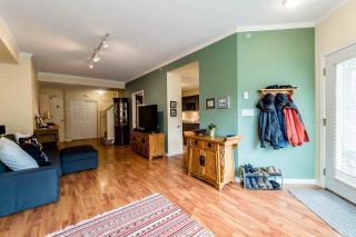 Photo 8: 205 3600 WINDCREST DRIVE in North Vancouver: Roche Point Townhouse for sale : MLS®# R2048157