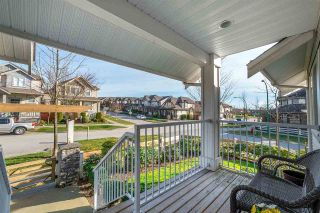 Photo 2: 39 6555 192A STREET in Surrey: Clayton Townhouse for sale (Cloverdale)  : MLS®# R2246261