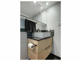 """Photo 2: 302 391 E 7TH Avenue in Vancouver: Mount Pleasant VE Condo for sale in """"OAKWOOD PARK"""" (Vancouver East)  : MLS®# V1000563"""