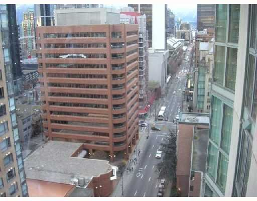 """Photo 6: Photos: 2101 1188 HOWE Street in Vancouver: Downtown VW Condo for sale in """"1188 HOWE"""" (Vancouver West)  : MLS®# V694208"""