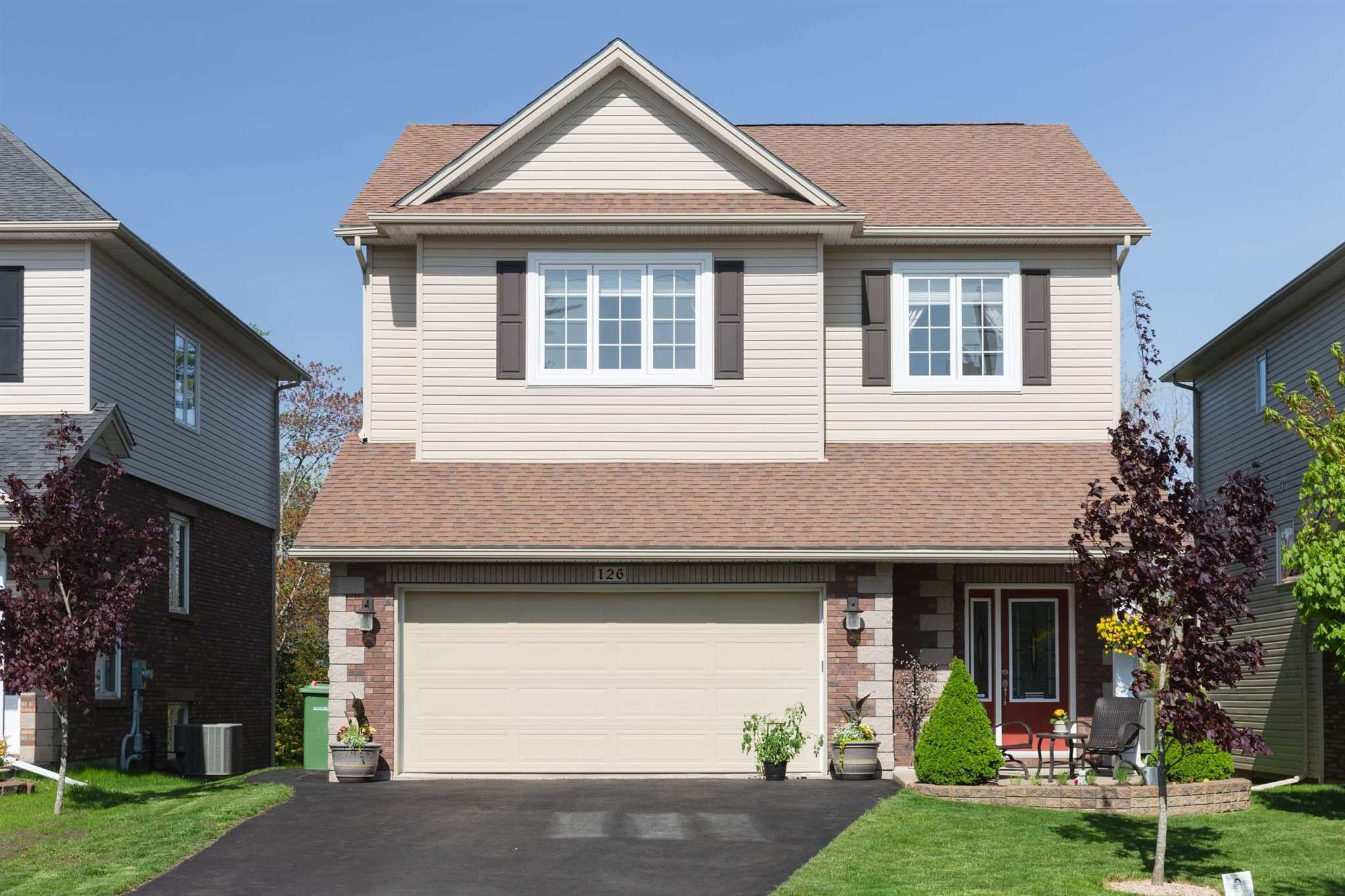 Main Photo: 126 Windridge Lane in Bedford: 20-Bedford Residential for sale (Halifax-Dartmouth)  : MLS®# 202112941