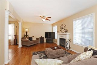 Photo 11: 86 Babcock Crest in Milton: Dempsey House (2-Storey) for sale : MLS®# W3272427