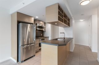 """Photo 11: 2401 833 SEYMOUR Street in Vancouver: Downtown VW Condo for sale in """"CAPITAL RESIDENCES"""" (Vancouver West)  : MLS®# R2544420"""