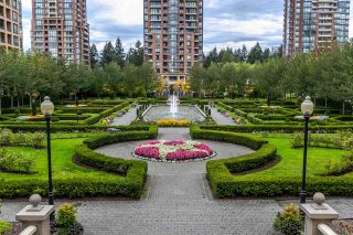 """Photo 3: 905 6888 STATION HILL Drive in Burnaby: South Slope Condo for sale in """"SAVOY CARLTON"""" (Burnaby South)  : MLS®# R2109502"""