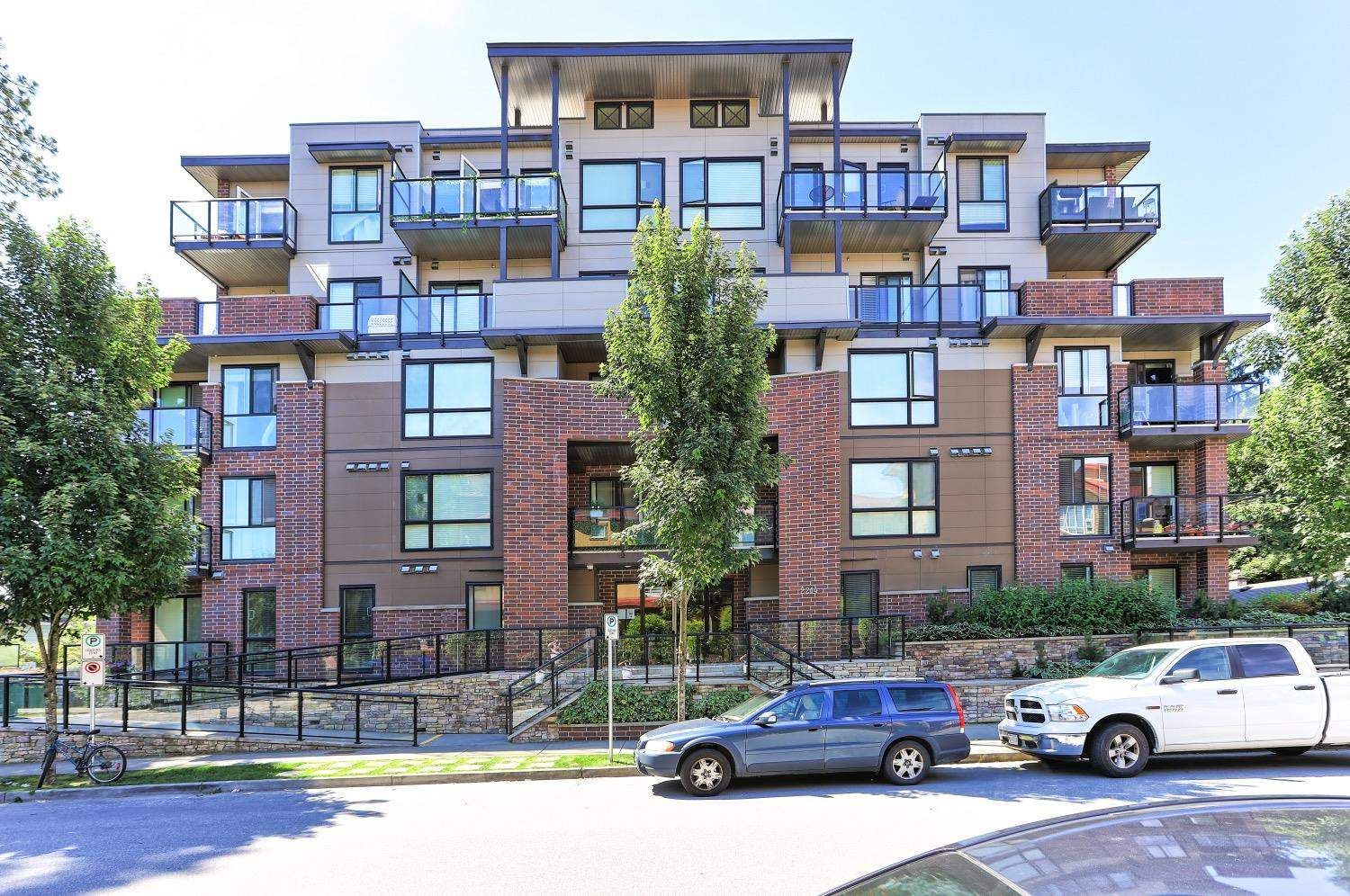 """Main Photo: 508 2214 KELLY Avenue in Port Coquitlam: Central Pt Coquitlam Condo for sale in """"SPRING"""" : MLS®# R2596495"""