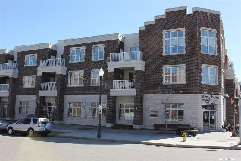 FEATURED LISTING: 203 - 1715 Badham Boulevard Regina