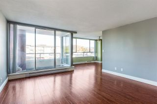 """Photo 3: 203 11980 222 Street in Maple Ridge: West Central Condo for sale in """"GORDON TOWERS"""" : MLS®# R2217152"""