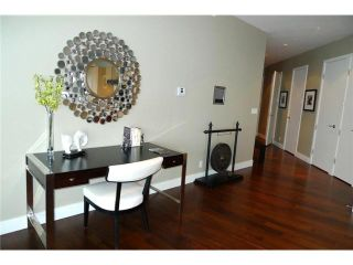 """Photo 6: 4701 1128 W GEORGIA Street in Vancouver: West End VW Condo for sale in """"SHANGRI LA PRIVATE ESTATES"""" (Vancouver West)  : MLS®# V824240"""