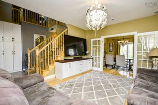 Photo 3: 26 McIntyre Lane in Lower Sackville: 25-Sackville Residential for sale (Halifax-Dartmouth)  : MLS®# 202122605