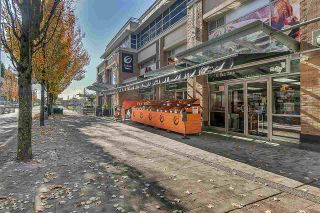 """Photo 15: PH8 1163 THE HIGH Street in Coquitlam: North Coquitlam Condo for sale in """"Kensington Court"""" : MLS®# R2452327"""