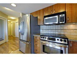 Photo 2: 1102 1088 6 Avenue SW in Calgary: Downtown West End Condo for sale : MLS®# C4004240