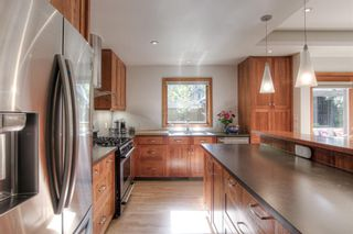 Photo 6: 1819 Westmount Road NW in Calgary: Hillhurst Detached for sale : MLS®# A1147955