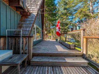 Photo 5: 4470 MCLINTOCK Road in Madeira Park: Pender Harbour Egmont House for sale (Sunshine Coast)  : MLS®# R2562240