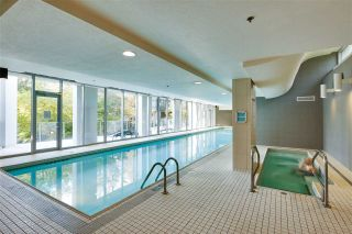 """Photo 16: 102 550 PACIFIC Street in Vancouver: Yaletown Condo for sale in """"AQUA AT THE PARK"""" (Vancouver West)  : MLS®# R2221945"""