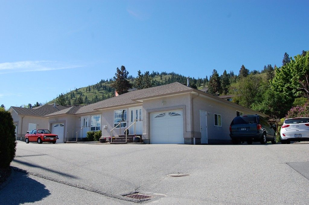 Main Photo: 5 12612 Giants Head Road in Summerland: Main Town House for sale : MLS®# 166739