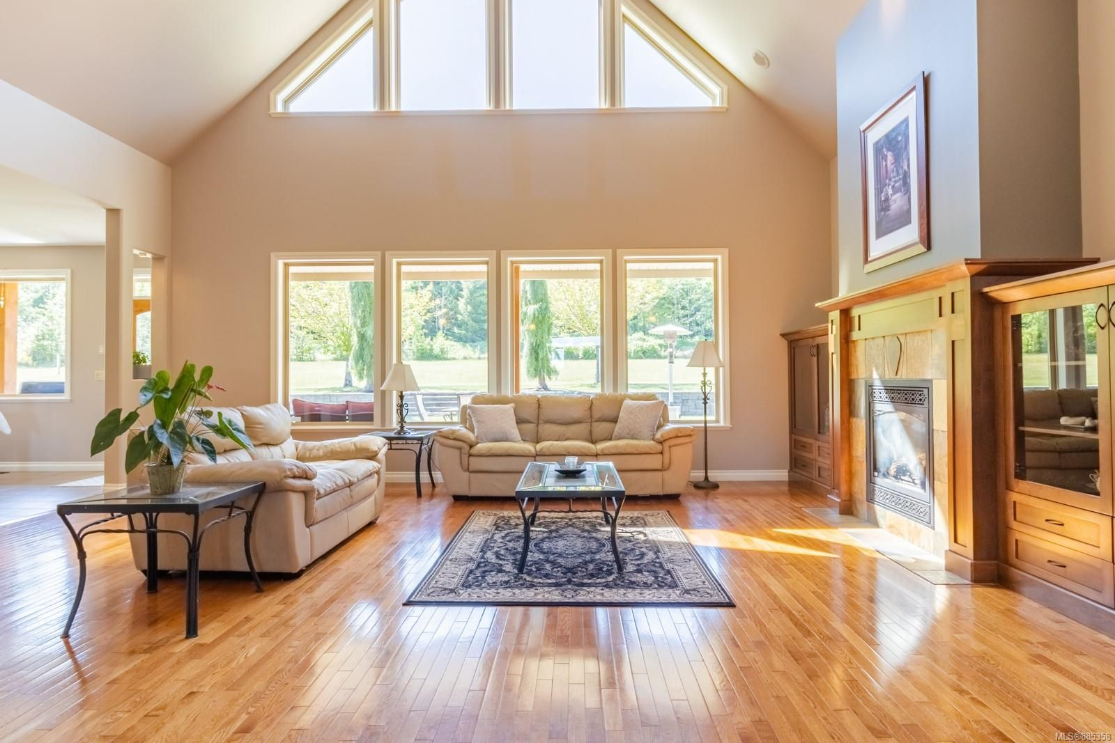 Photo 9: Photos: 2850 Peters Rd in : PQ Qualicum Beach House for sale (Parksville/Qualicum)  : MLS®# 885358