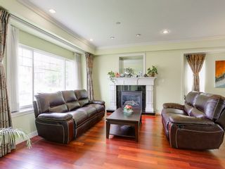 """Photo 4: 3850 FOREST STREET - LISTED BY SUTTON CENTRE REALTY in Burnaby: Burnaby Hospital House for sale in """"BURNABY HOSPITAL"""" (Burnaby South)  : MLS®# R2166680"""