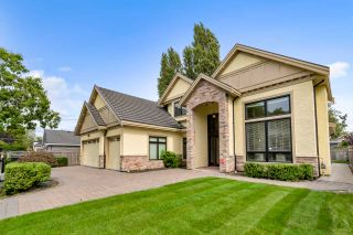 Main Photo: : House for sale : MLS®# R2403205