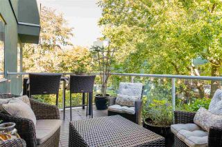 """Photo 23: 205 1530 MARINER Walk in Vancouver: False Creek Condo for sale in """"Mariner Point"""" (Vancouver West)  : MLS®# R2504408"""