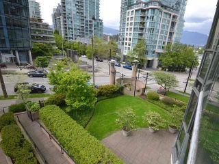 "Photo 16: 305 588 BROUGHTON Street in Vancouver: Coal Harbour Condo for sale in ""Harbourside Park Tower I"" (Vancouver West)  : MLS®# R2575984"
