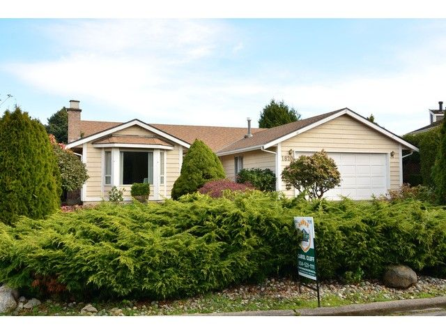 """Main Photo: 1820 140B Street in Surrey: Sunnyside Park Surrey House for sale in """"Ocean Bluff"""" (South Surrey White Rock)  : MLS®# F1436536"""
