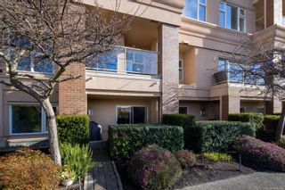 Photo 4: 104 75 Songhees Rd in : VW Songhees Row/Townhouse for sale (Victoria West)  : MLS®# 863660