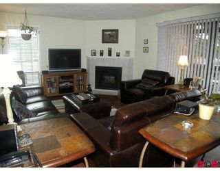 """Photo 5: 504 13501 96TH Avenue in Surrey: Whalley Condo for sale in """"PARKWOODS"""" (North Surrey)  : MLS®# F2906528"""