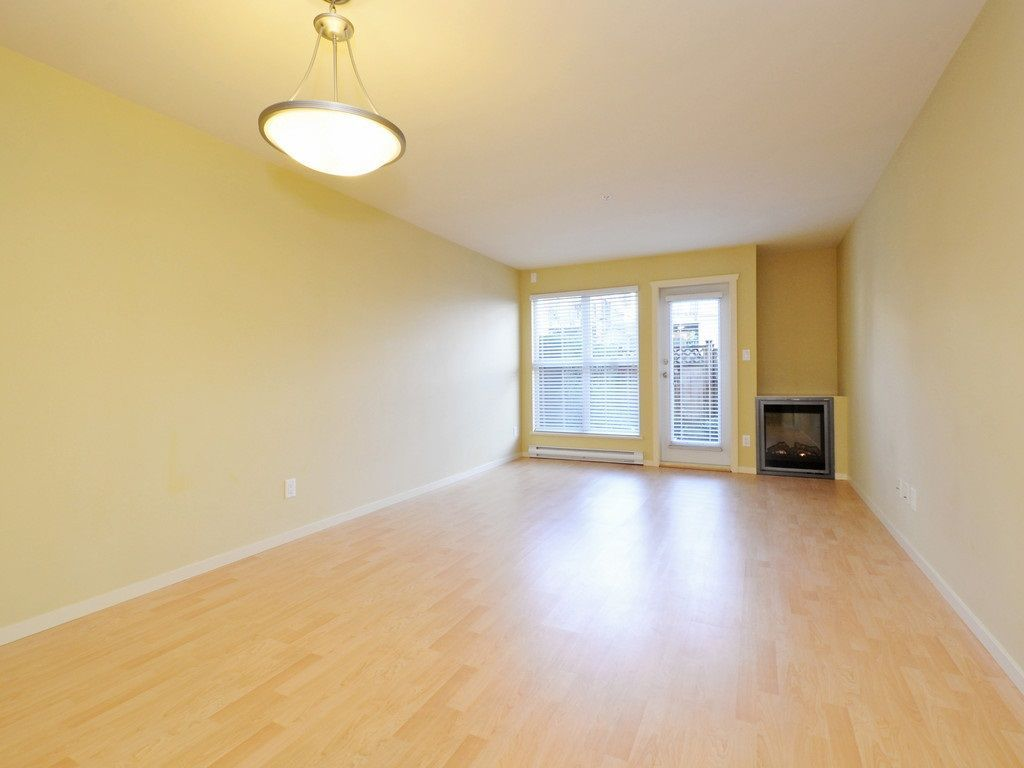 Photo 4: Photos: 213 315 KNOX Street in New Westminster: Sapperton Condo for sale : MLS®# R2232831