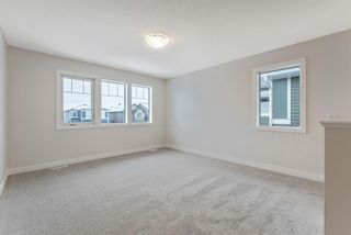 Photo 13: 294 Crestmont Drive SW in Calgary: Crestmont Detached for sale : MLS®# A1055191