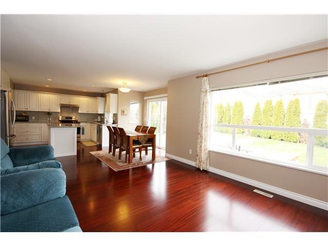 "Photo 5: Photos: 16737 84TH Avenue in Surrey: Fleetwood Tynehead House for sale in ""CEDAR GROVE ESTATE"" : MLS®# F1420071"