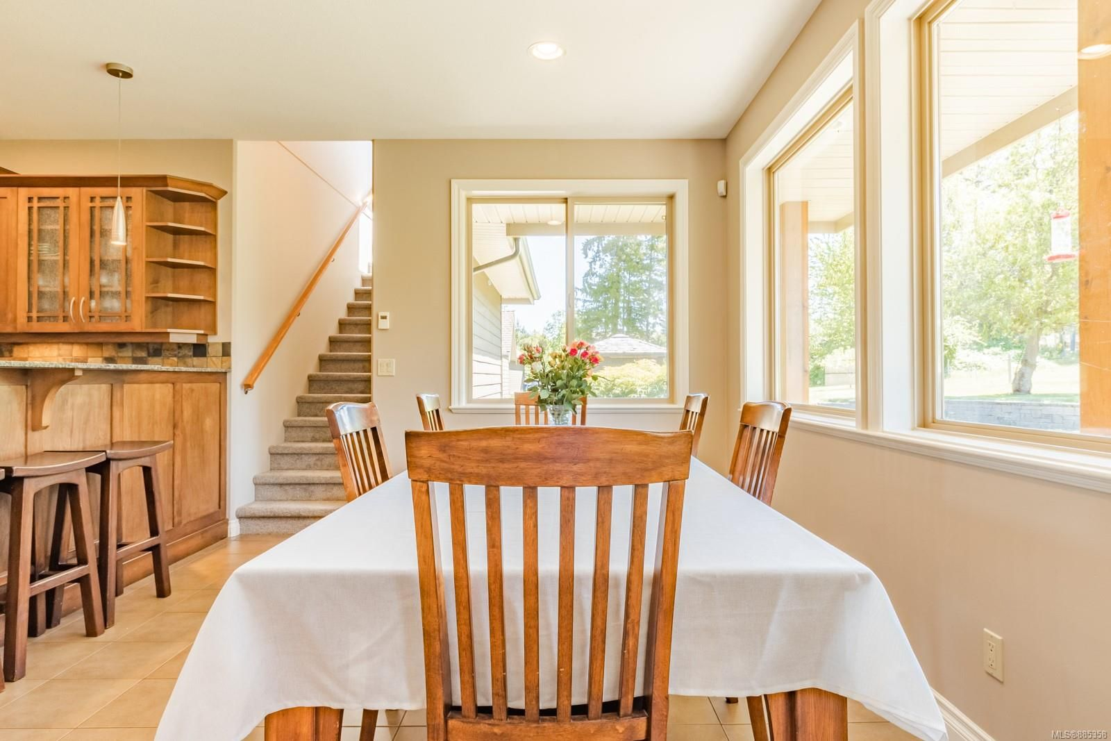 Photo 8: Photos: 2850 Peters Rd in : PQ Qualicum Beach House for sale (Parksville/Qualicum)  : MLS®# 885358