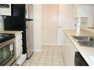 """Photo 3: # 308 9633 MANCHESTER DR in Burnaby: Cariboo Condo for sale in """"STRATHMORE TOWERS"""" (Burnaby North)  : MLS®# V822824"""