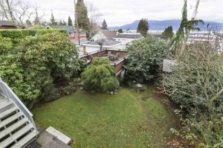 "Photo 13: 3981 W 11TH Avenue in Vancouver: Point Grey House for sale in ""Point Grey"" (Vancouver West)  : MLS®# R2430959"