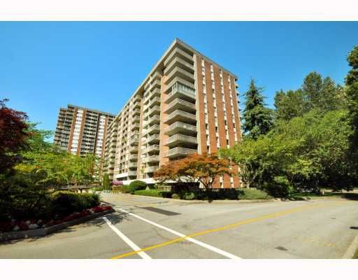 """Main Photo: 720 2012 FULLERTON Avenue in North_Vancouver: Pemberton NV Condo for sale in """"Woodcroft"""" (North Vancouver)  : MLS®# V782754"""