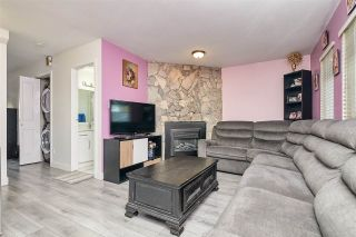 Photo 3: 7372 128A Street in Surrey: West Newton House for sale : MLS®# R2567653