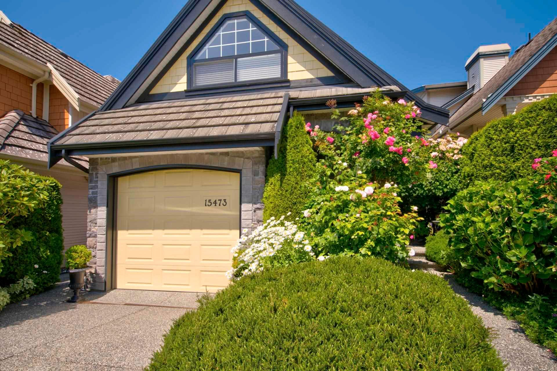Main Photo: 15473 THRIFT Avenue: White Rock House for sale (South Surrey White Rock)  : MLS®# R2599524
