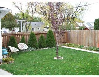 Photo 9: 435 MCADAM Avenue in WINNIPEG: West Kildonan / Garden City Single Family Detached for sale (North West Winnipeg)  : MLS®# 2717446