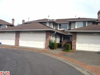 """Photo 1: 102 6094 W BOUNDARY Drive in Surrey: Panorama Ridge Townhouse for sale in """"LAKEWOOD ESTATES"""" : MLS®# F1011034"""