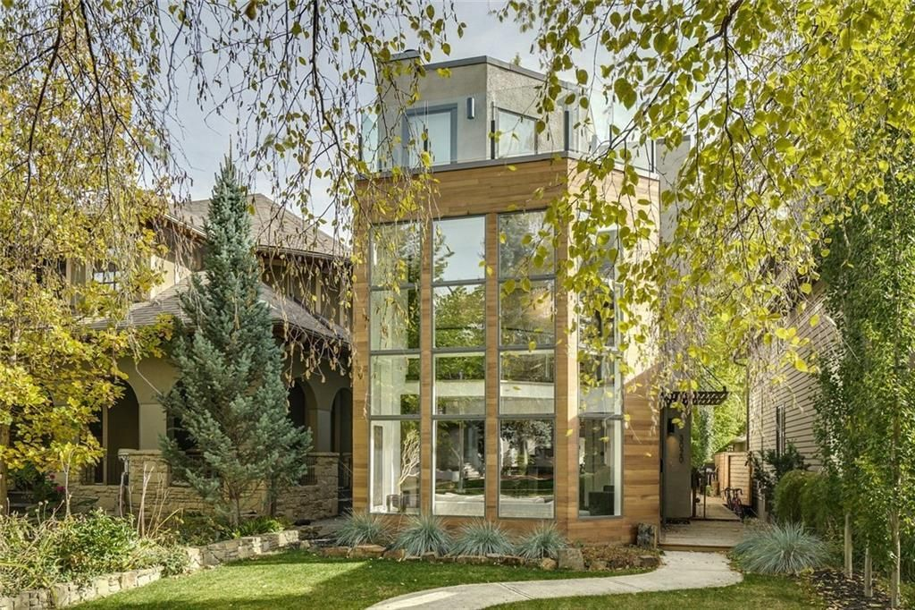 Main Photo: 3020 5 Street SW in Calgary: Rideau Park Detached for sale : MLS®# A1115112