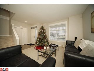Photo 2: 19250 73RD Avenue in Surrey: Clayton House for sale (Cloverdale)  : MLS®# F1029415