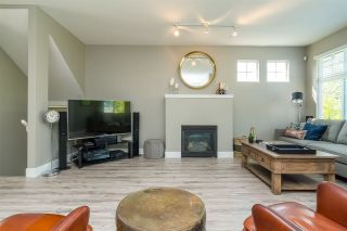 """Photo 9: 6 18828 69 Avenue in Surrey: Clayton Townhouse for sale in """"Starpoint"""" (Cloverdale)  : MLS®# R2298296"""