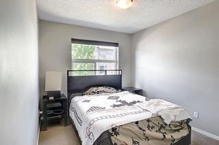 Photo 17: 39 Chapalina Square SE in Calgary: Chaparral Row/Townhouse for sale : MLS®# A1121993