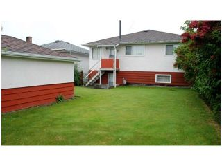 Photo 2: 2449 E 53RD Avenue in Vancouver: Killarney VE House for sale (Vancouver East)  : MLS®# V1047067