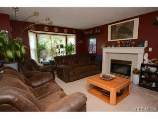 Photo 7: 735 Kelly Rd in VICTORIA: Co Hatley Park House for sale (Colwood)  : MLS®# 735095