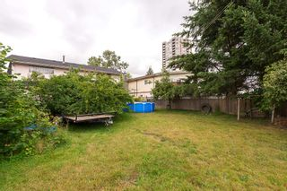 Photo 5: 10318 149 Street in Surrey: Guildford House for sale (North Surrey)  : MLS®# R2088786