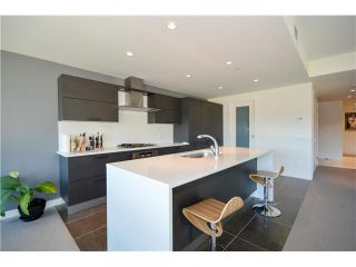 Photo 7: # 301 5838 BERTON AV in Vancouver: University VW Condo for sale (Vancouver West)  : MLS®# V1021508