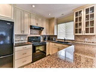 """Photo 8: 146 15501 89A Avenue in Surrey: Fleetwood Tynehead Townhouse for sale in """"AVONDALE"""" : MLS®# R2058402"""