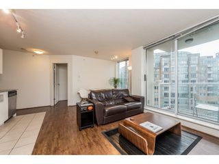"""Photo 6: 2402 550 TAYLOR Street in Vancouver: Downtown VW Condo for sale in """"THE TAYLOR"""" (Vancouver West)  : MLS®# R2142981"""